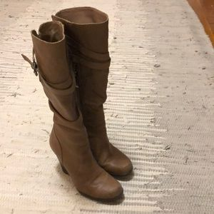 Guess wedge leather booties